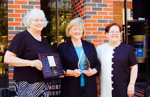 Teresa Ellis with Judith Phaneuf and Alice Specht, former Dean of Hardin-Simmons University Libraries